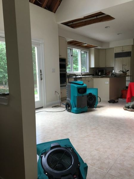 Water Damage Dry Out after Pipes Burst in Madison, CT (1)